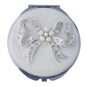 MC 253 300x300 - Crystal and Pearl Mirror Compact 'Bow' - MC253B