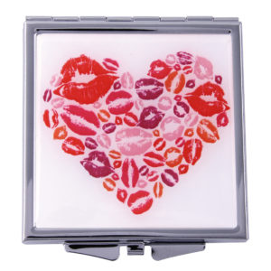 MC 407 300x300 - Heart Kiss Mirror Compact - MC407