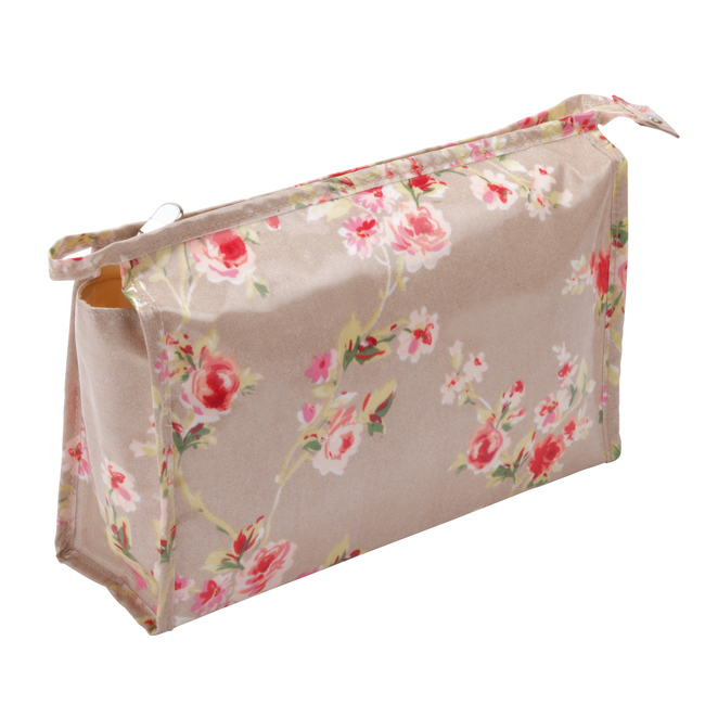Cottage Cream Rose Cosmetic Bag - B8187